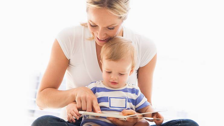 Read to your baby to boost his smarts