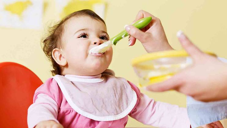 7 tips to get baby eating