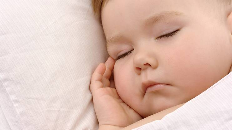 Get baby to sleep a full night in 10 days