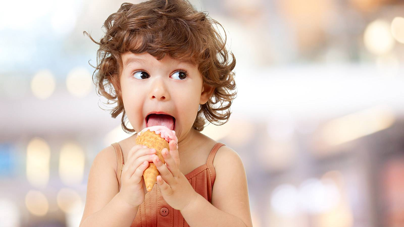 Tots-5-ways-to-stop-your-child-from-comfort-eating-1