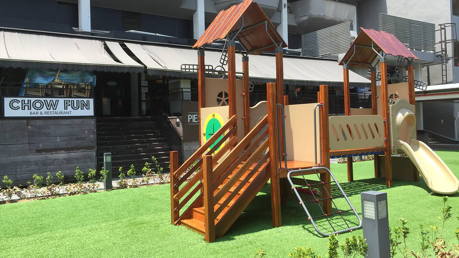 Parents-Restaurant-Review-–-Chow-Fun-Restaurant-&-Bar-PLAYGROUND