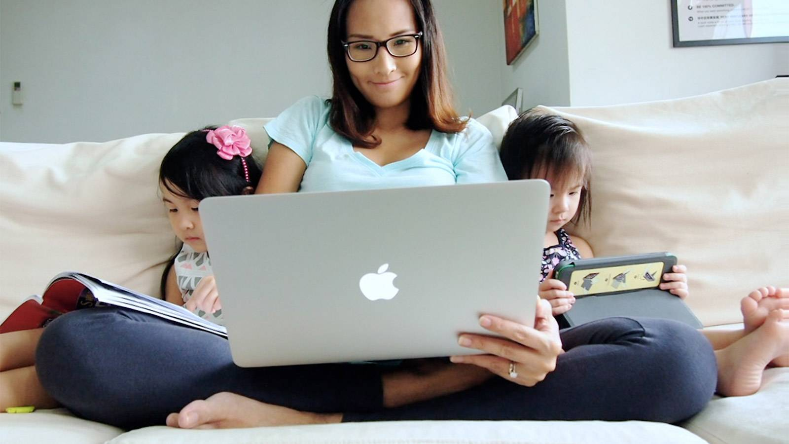 MUM SAYS 5 Tips For Work-from-home Mums