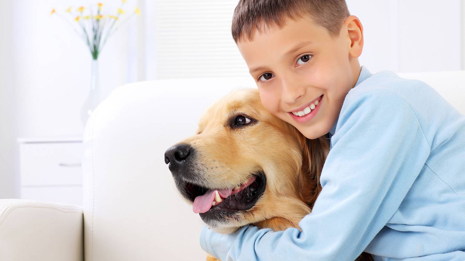 Kids-MUM-SAYS-Animal-therapy-boosted-my-withdrawn-child's-self-esteem-MAIN