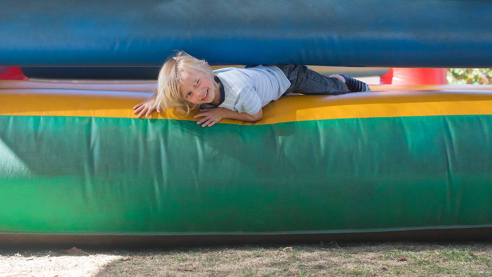Tots-Bouncy-castles-3-important-tips-to-ensure-your-child's-safety-1