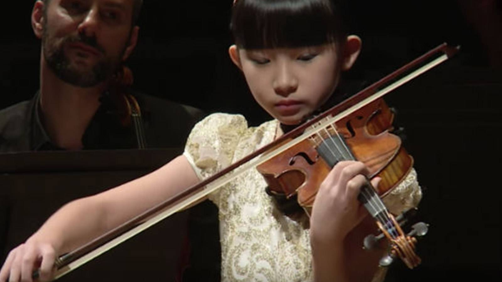 Kids-CONVERSATIONS-WITH-An-Award-Winning-Violin-Prodigy-3