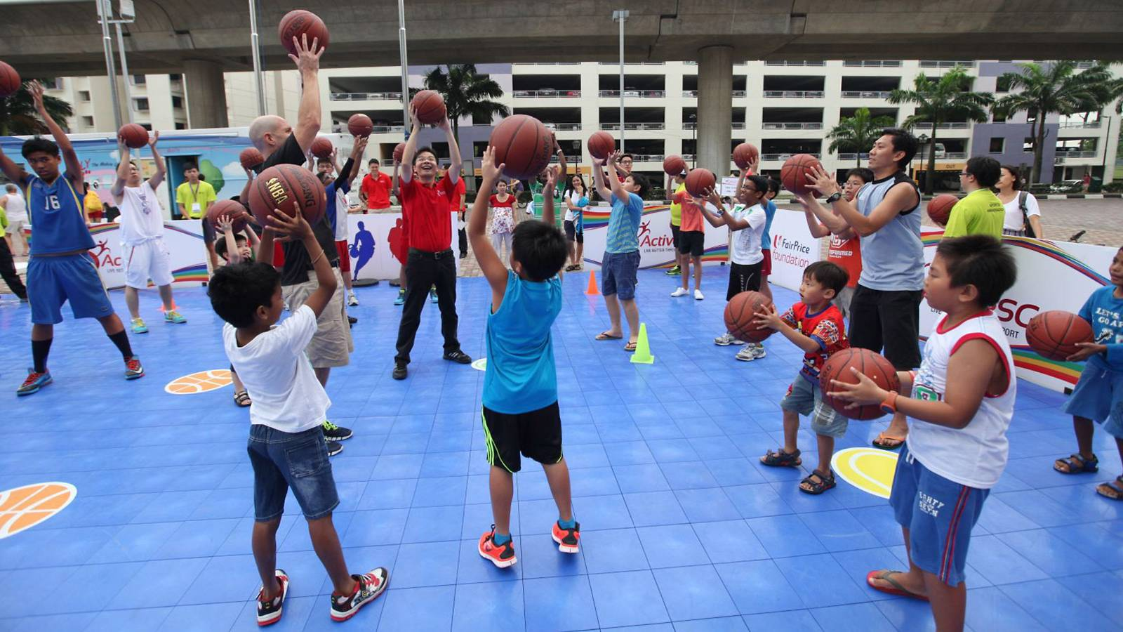 Kids---50-fantastically-fun-things-to-do-this-year-end-18.-ActiveSG-Sports-Holiday-Programmes-2016