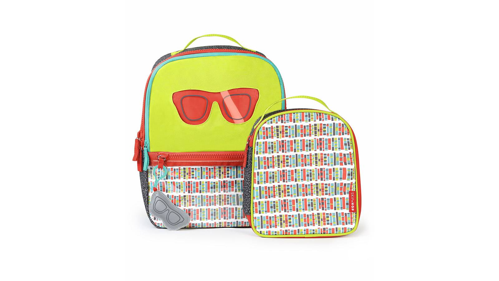 Kids-BUYER'S-GUIDE-6-best-backpacks-for-junior-SKIPHOP