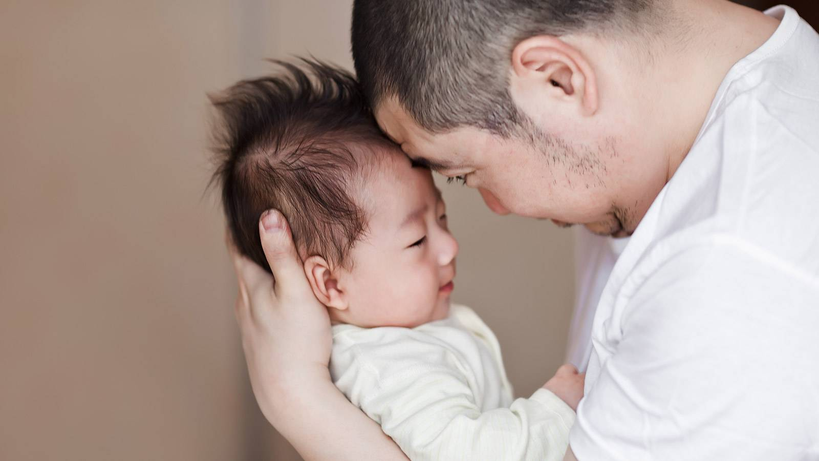 Parents Dads to get more paternity leave benefits Main