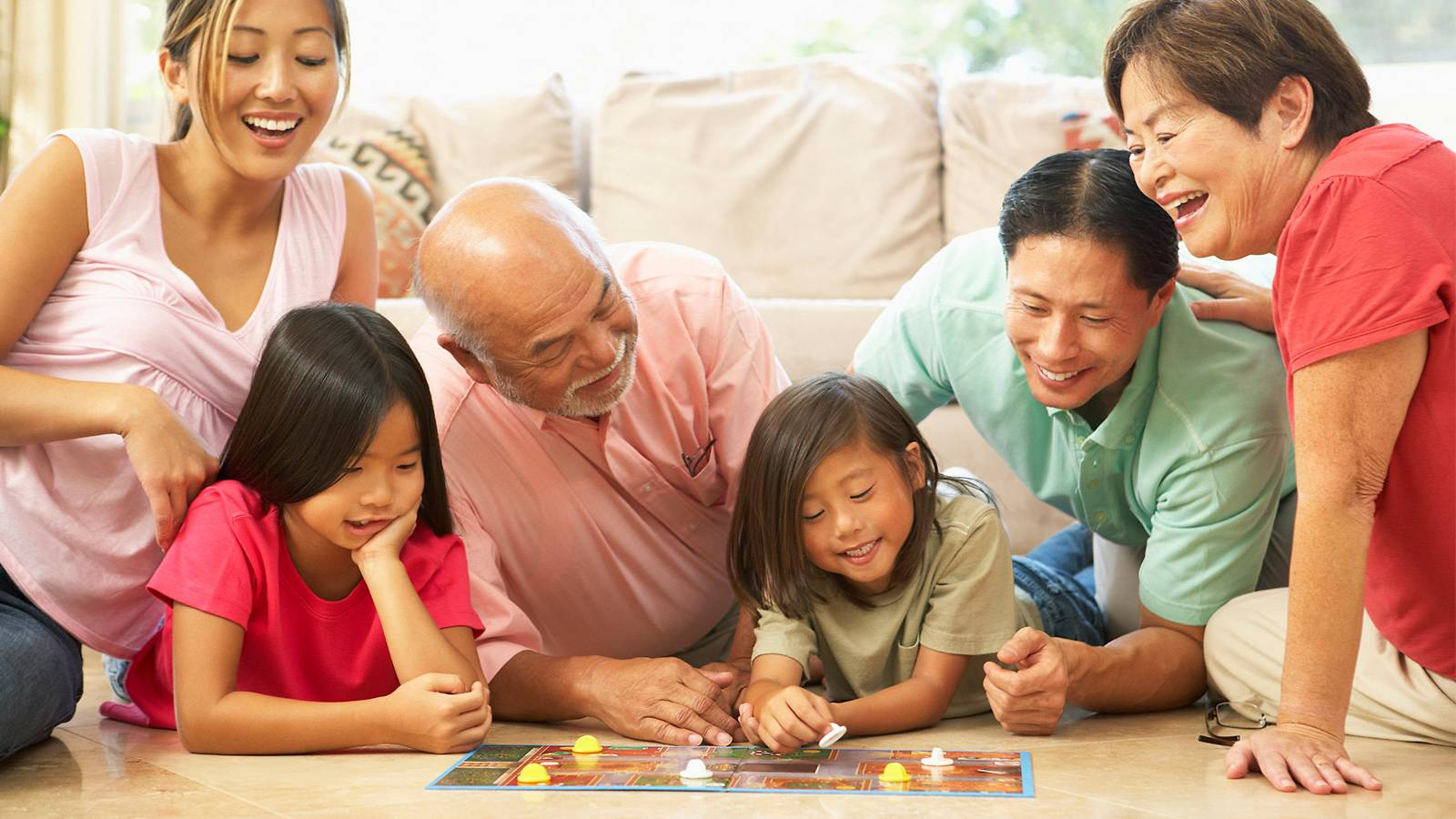 Kids-Buyer's-Guide-–-Top-10-family-board-games-main