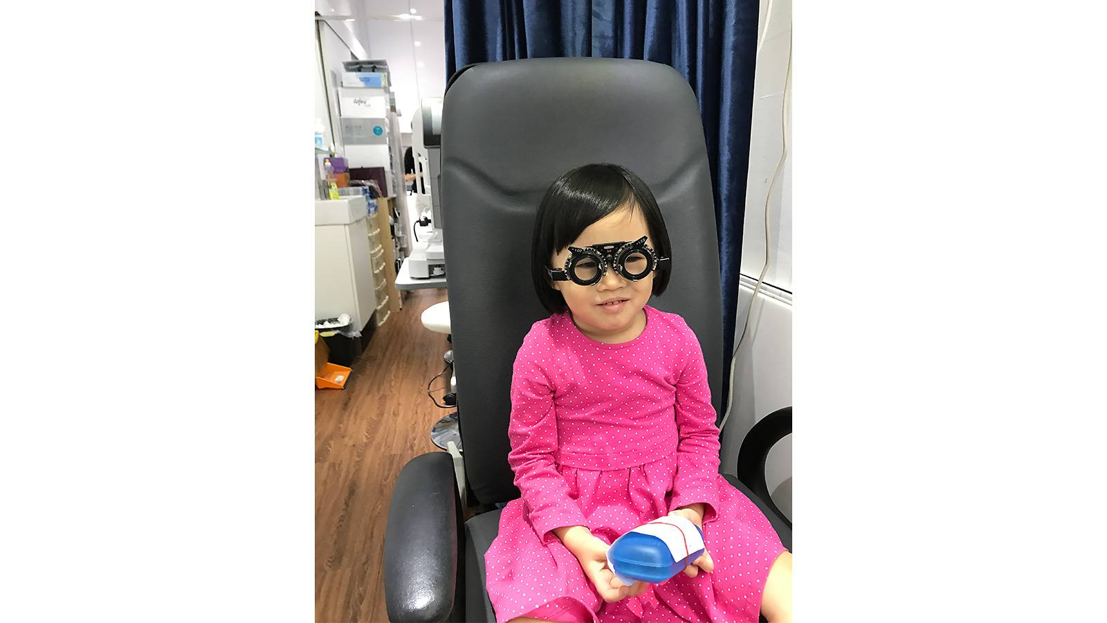 Tots-CONVERSATIONS-WITH…-An-Optometrist-pic2