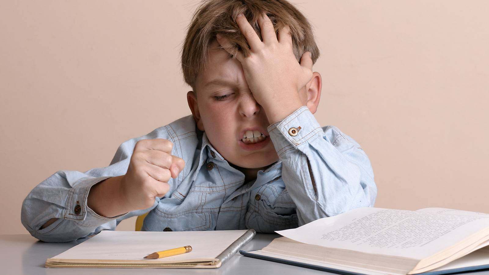 Kids-6-signs-your-school-going-child-isn't-getting-enough-sleep-2