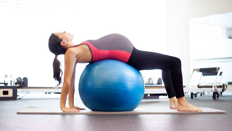 Ways to stay in shape with a burgeoning bump