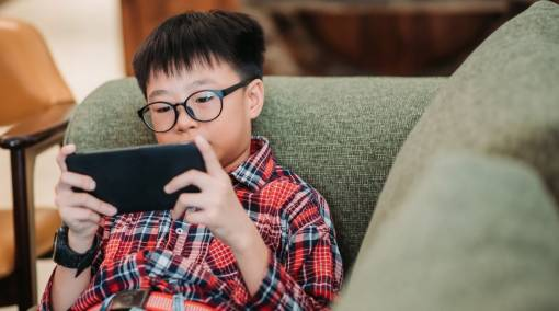 DAD SAYS How I got my son to cut his mobile phone use