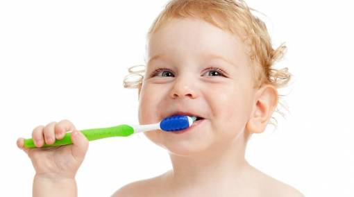 Baby tooth care: 6 tips