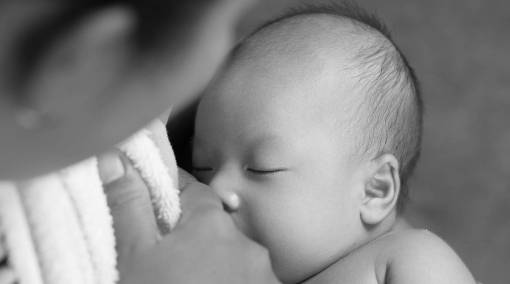 Babies-MUM-SAYS-7-things-I-miss-about-breastfeeding-1