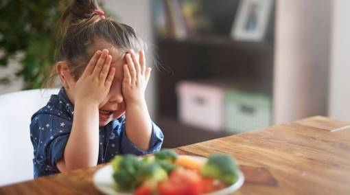 6 common feeding mistakes parents make