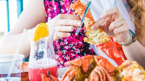 2) Steer clear of crabs or seafood during your pregnancy