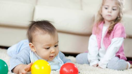 Tots-7-steps-to-handling-a-toddler-who-resents-the-newborn-1