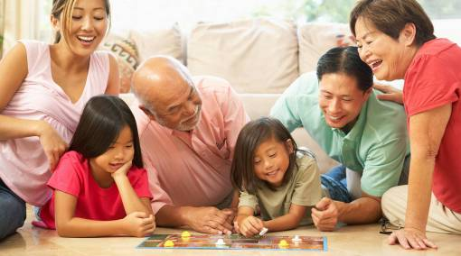 Kids-BuyerGÇÖs-Guide-GÇô-Top-10-family-board-games-main