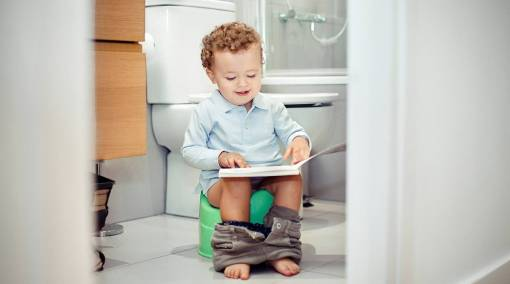 TOTS-10-signs-your-tot-is-ready-for-potty-training1