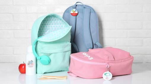 Kids-BUYER'S-GUIDE-6-best-backpacks-for-junior-STUCK-ON-YOU