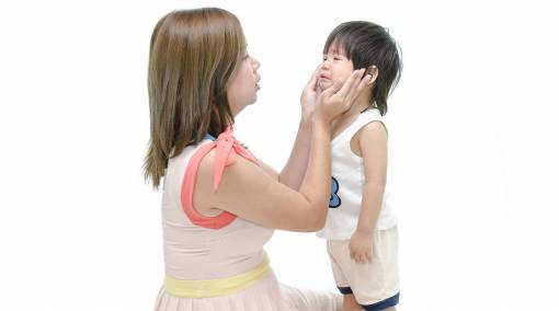 Tots-10-phrases-to-tell-your-kid-instead-of-Stop-Crying-2
