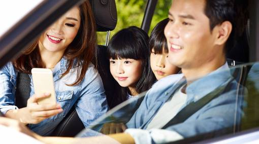 Parents-10-ways-you're-making-your-car-unsafe-for-your-kids-[Infographic]-MAIN