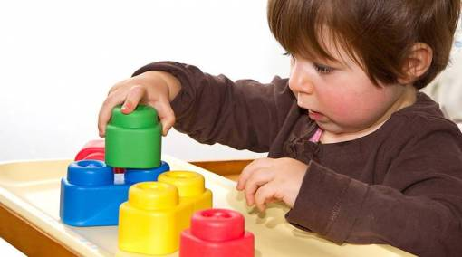 9 tips to raise a tot with the right mindset