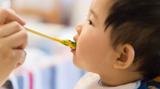 Tots-–-6-hot-baby-feeding-trends-to-know-this-year-1