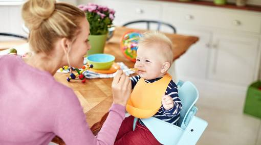 8 smart tips to wean your baby1