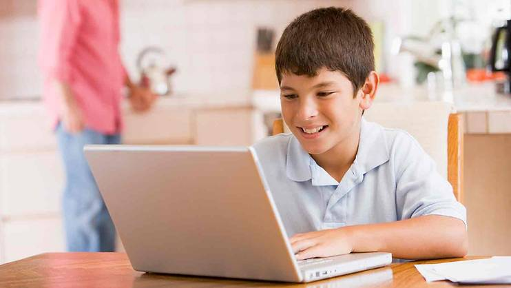 3 ways to protect children from cyber threats
