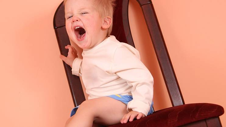 5 steps to handling the terrible 2-year-old toddler